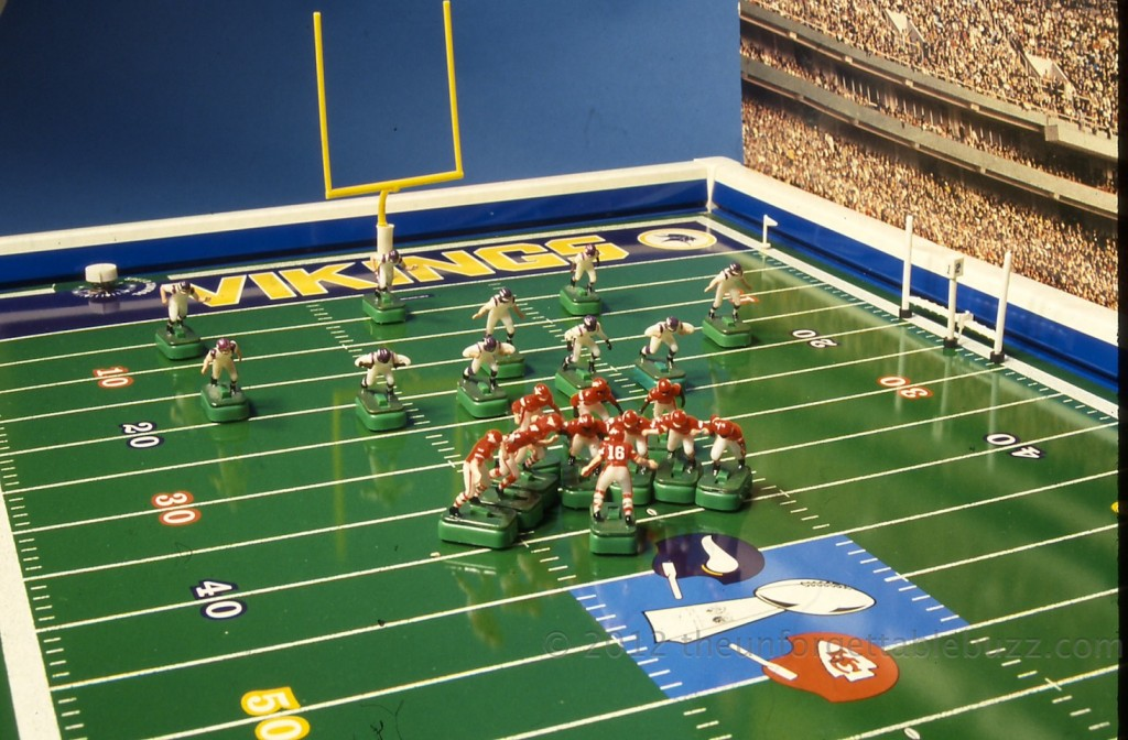 Electric football Tudor Super Bowl Chiefs Vikings 1970