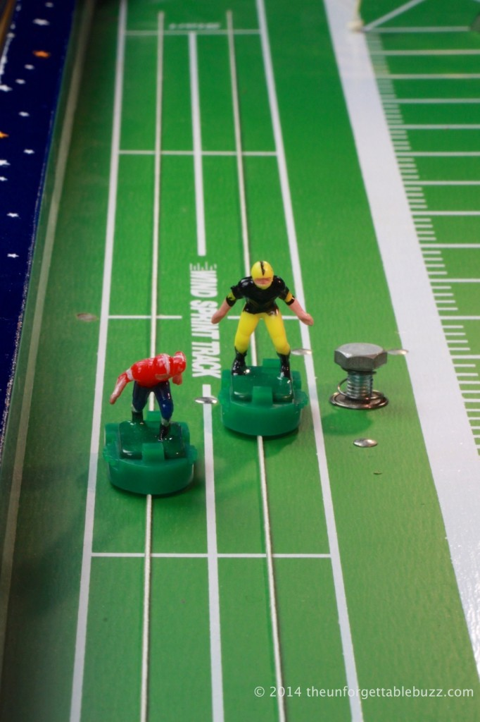 1972 Munro Day Nite Electric Football game wind sprint track.