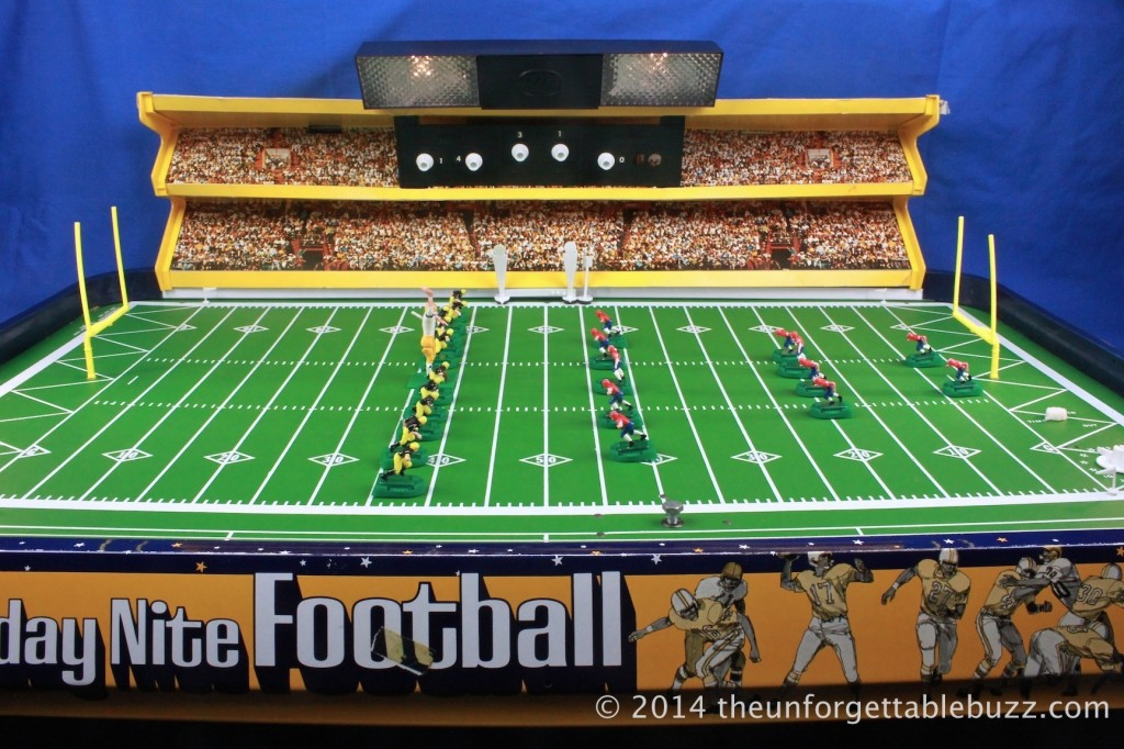"1972 Munro Day/Nite Electric Football game and its enormous 40"" x 25"" field."