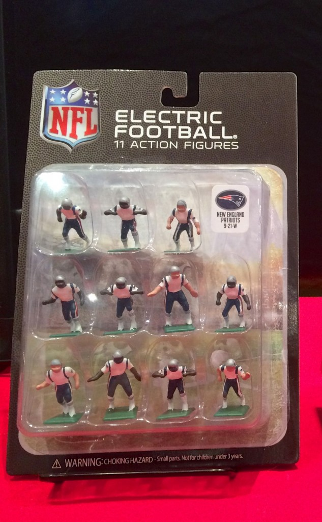 Tudor Games 2015 NFL blister pack