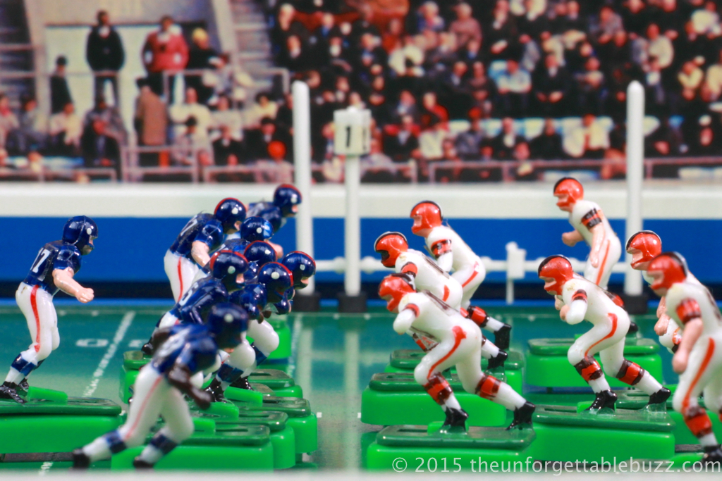 Electric Football Browns and Giants on the scrimmage line